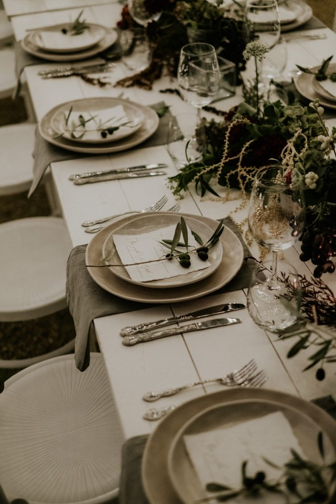 Winter tablescape by The Wedding Shed at byronviewfarm