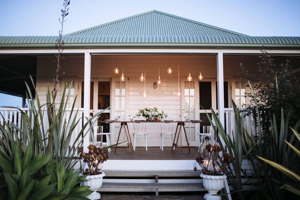 Byronviewfarm cottage elopement - Elope Byron Bay
