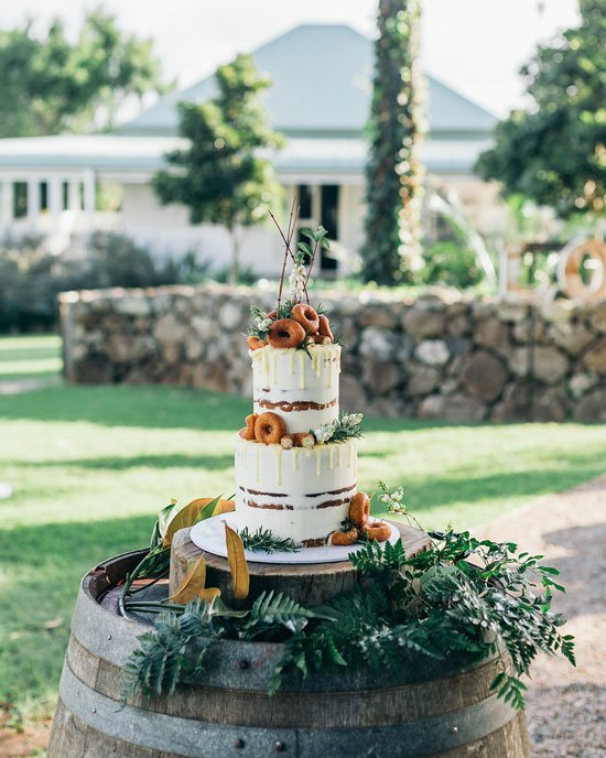 wedding cakes byron bay area byron bay cake boutique byron bay weddings 24000
