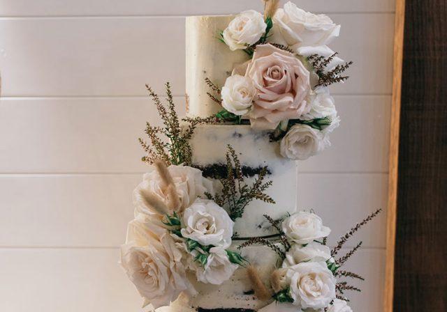 Millies-Newrybar-Wedding-Cake-Byron00007