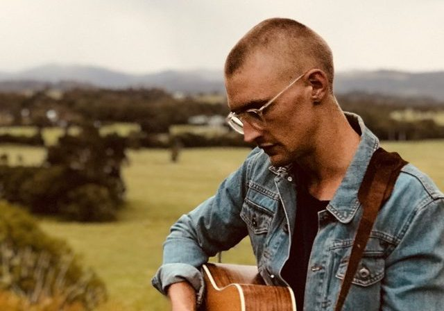 Niall-Lochhead-Music_Byron-Bay-Weddings